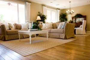 5 reasons to choose hardwood flooring over laminate