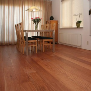 Walnut Hardwood Floor For All About The Hardwood Flooring Type Walnut All Hardwood Flooring Walnut