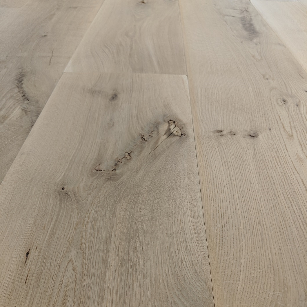 "8"" Live Sawn White Oak 2' - 10' Long Unfinished Solid Hardwood Flooring"